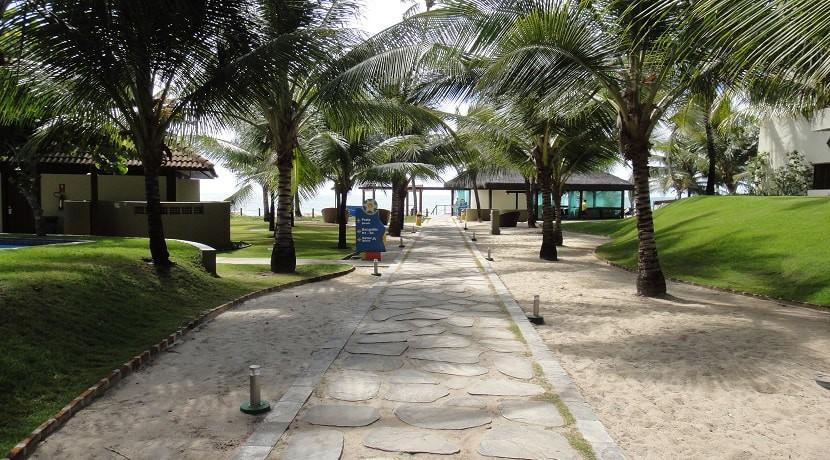 img-area-de-caminhada-do-marulhos-resort-muro-alto-alugamos-por-temporada
