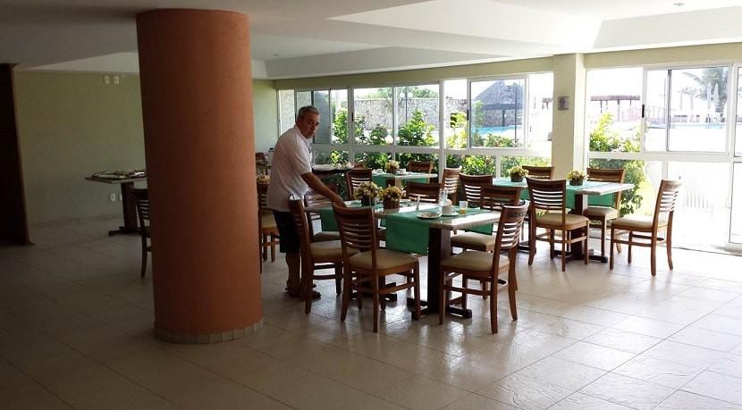 img-hotel-marupiara-suites-em-muro-alto-bar-e-restaurante