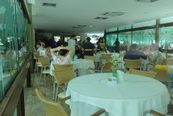 img-restaurante-e-bar-do-marulhos-resort-muro-alto-alugamos-por-temporada