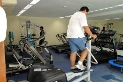 img-sala-de-ginastica-do-marulhos-resort-muro-alto-alugamos-por-temporada