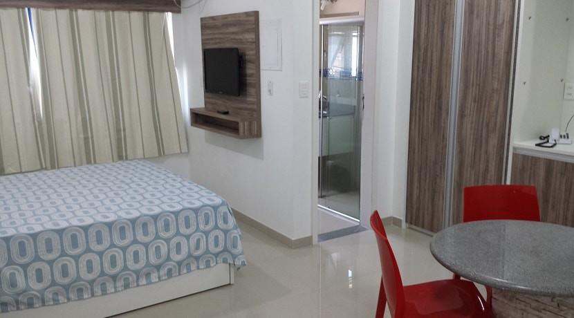 img-quarto-e-banheiro-do-studio-everest-aluga-se-flats-por-temporada-em-boa-viagem