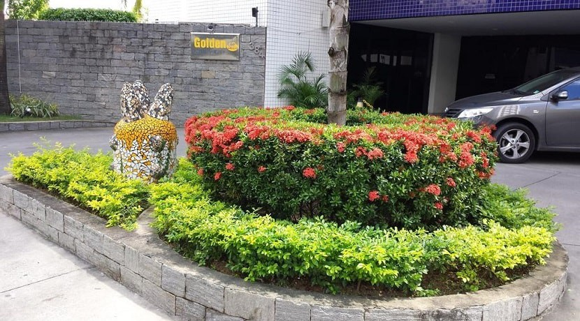 img-entrada-edficio-golden-home-service-aluguel-de-apartamentos-recife-pe