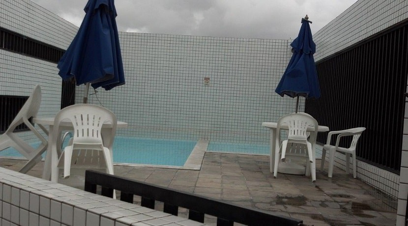 img-piscina-edficio-golden-home-service-praia-de-boa-viagem-recife-pe